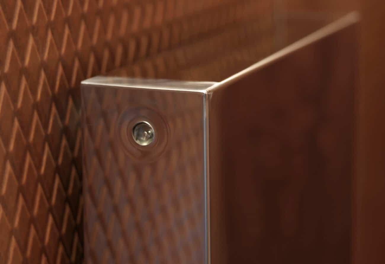 Super Mirror close up radiator